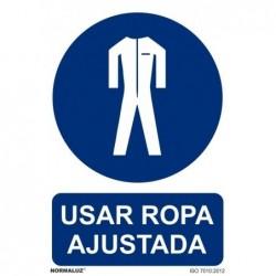 ALUM OBLIGATORIO USAR ROPA...